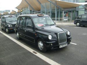 Такси в Лондоне : Чёрный Кэб (фото из Википедии)